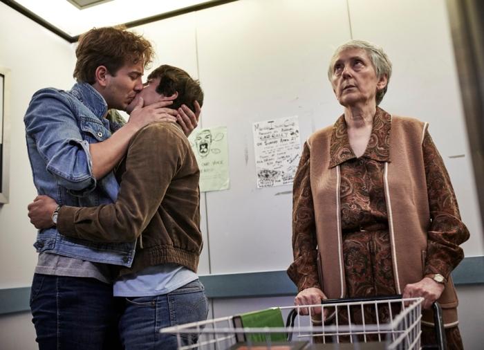 Tim Conigrave (Ryan Corr), John Caleo (Craig Stott)